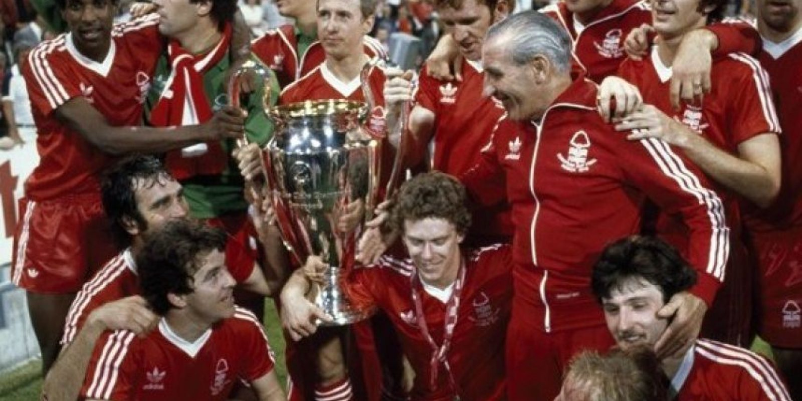 Nottingham Forrest (Inglaterra)-2 títulos: 1979, 1980 Foto: Getty Images