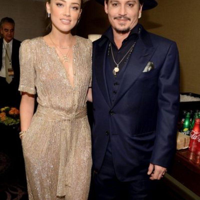 """Esta, en cambio decía: """"¿Qué hago con este anciano que solía parecerse a Johnny Depp?"""". Foto:vía Getty Images"""