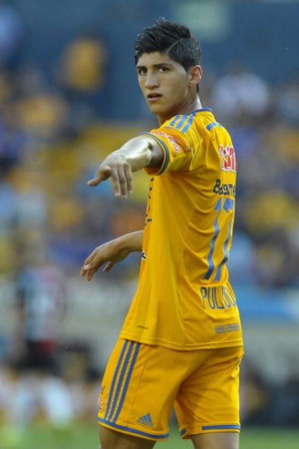 Nació futbolísticamente en Tigres, y ha jugado para Leviadakos y Olympiacos de Grecia. Foto:Getty Images