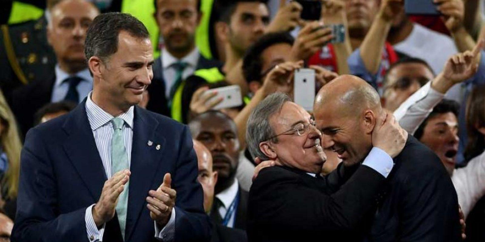 Por eso el francés fue felicitado por el presidente del club, Florentino Pérez. Foto:Getty Images
