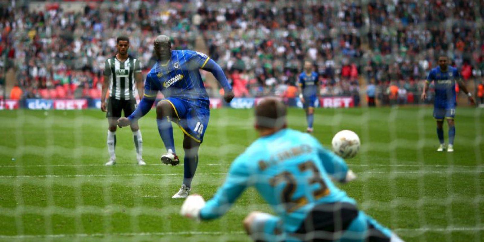 """Es llamado el """"Futbolista más fuerte del mundo"""" Foto:Getty Images"""