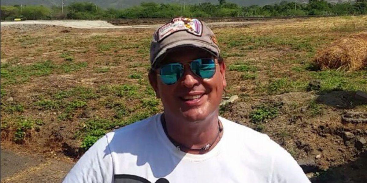 Carlos Vives en vivo para sus fanáticos de Facebook