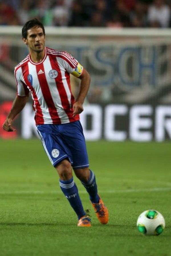 El capitán e histórico delantero de los guaraníes sufre un esguince de rodilla y no podrá comandar a su selección en la Copa América Centenario.