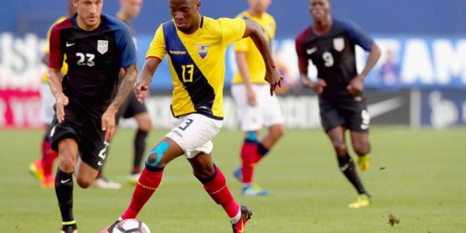 En la previa de su debut, los ecuatorianos tuvieron un amistoso con los locales Foto:AFP