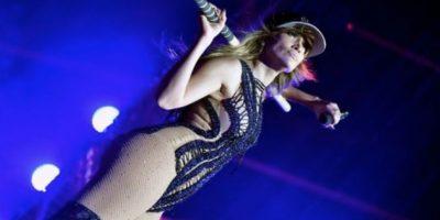 La cantante se presentó en la fiesta de Telemundo Foto:Getty Images