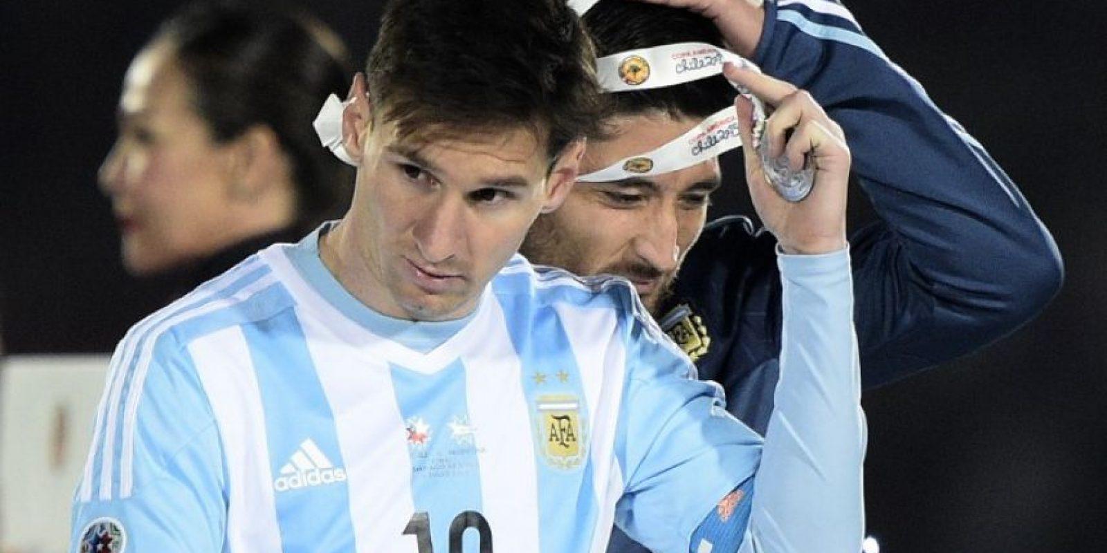 Lionel Messi no estará ante la selección chilena por lesión Foto:AFP