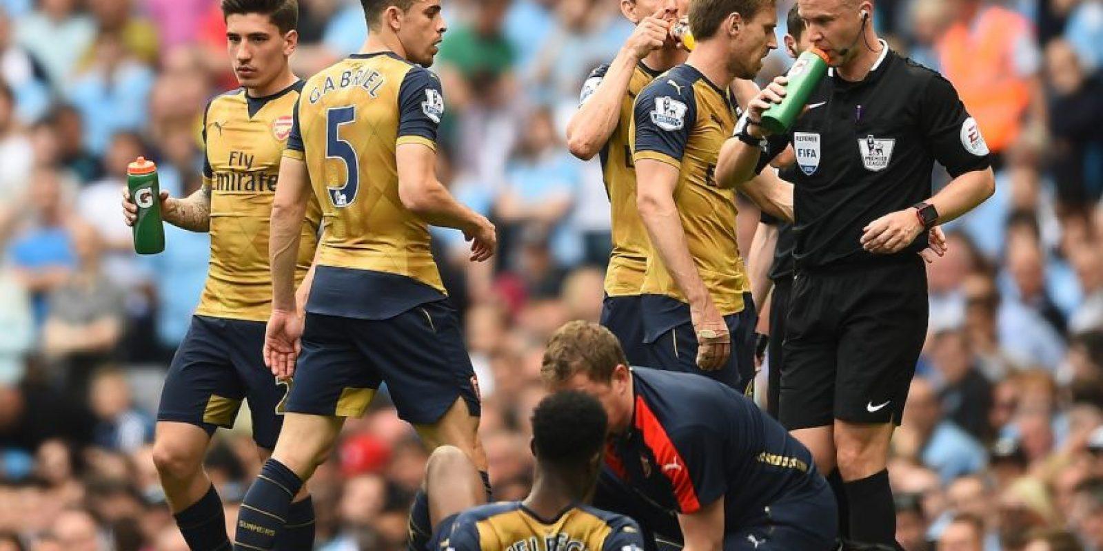 Sufrió una lesión en la rodilla en octubre de 2015 y volvió recién en febrero de 2016. Pese a que parecía afirmarse como titular y entraba desde el inicio en el partido ante Manchester City del pasado fin de semana, salió reemplazado a los veinte minutos por molestias físicas. Teniendo opciones a plenitud, es probable que no sea considerado por Roy Hodgson Foto:Getty Images