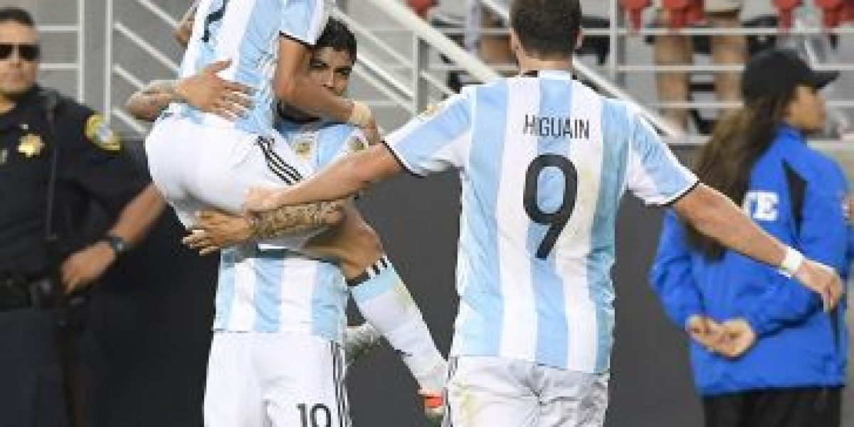 Miren las similitudes de los goles de Argentina ante Chile
