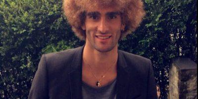 El jugador del Manchester United se tiñó rubio en la previa de la Eurocopa Foto:Twitter Fellaini