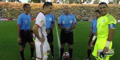 James Rodríguez y Justo Villar sólo reaccionaron con risas Foto:Captura de pantalla