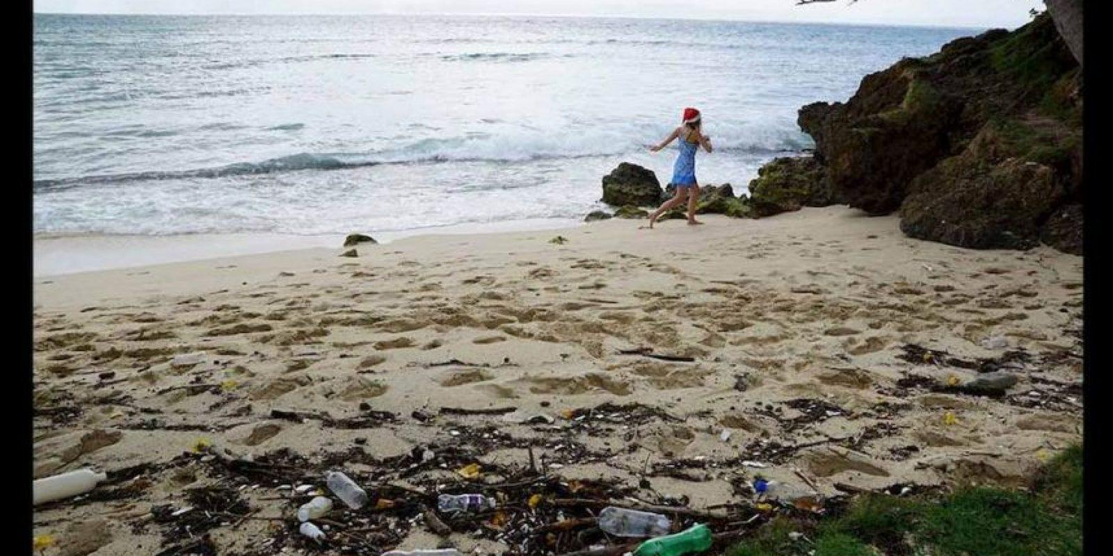 Se calcula que entre 8 y 12 millones de toneladas de plástico terminan en el mar. Foto:Pixabay