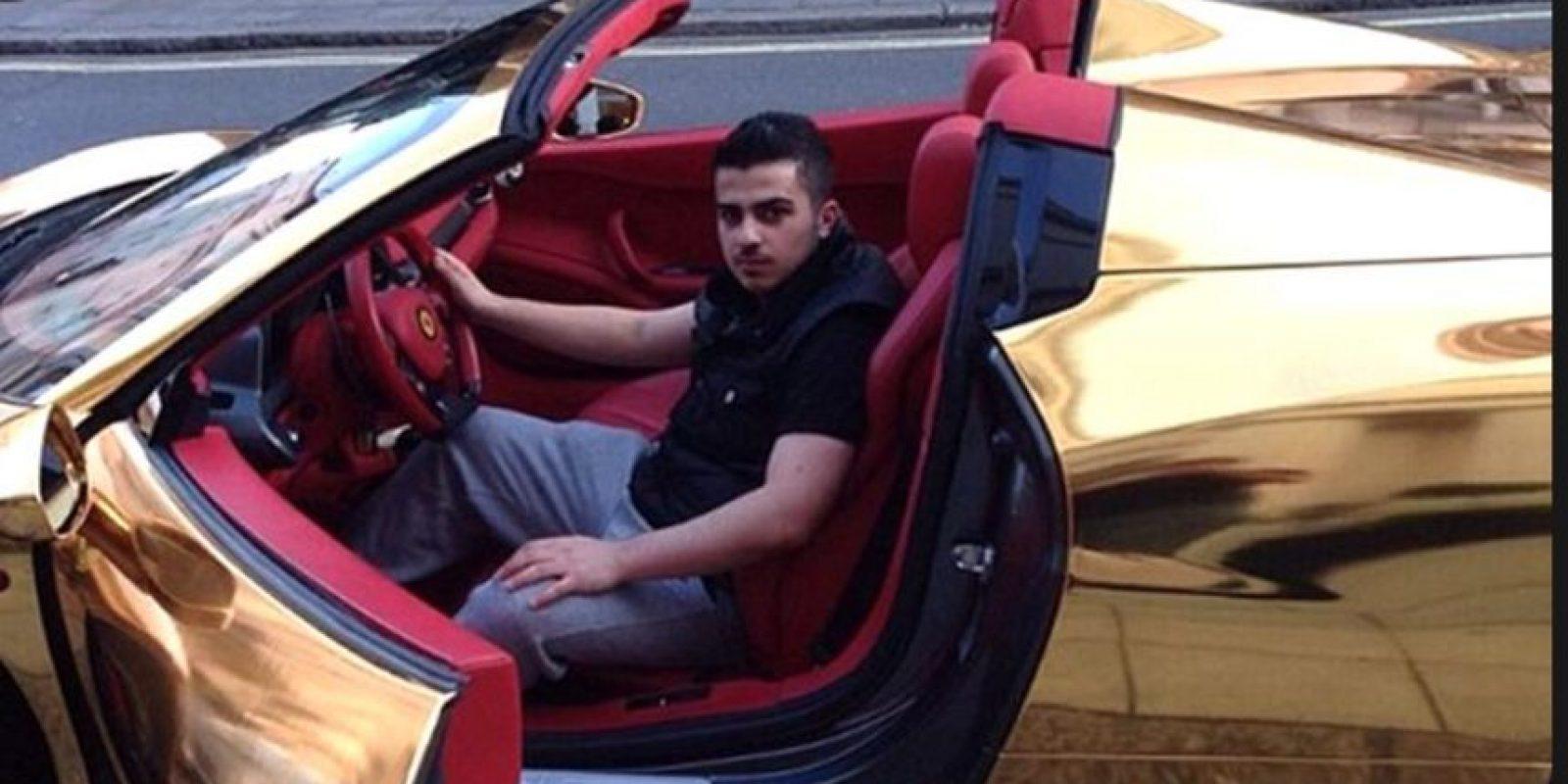 Suelen mostrar lujos como autos. Foto:vía Instagram