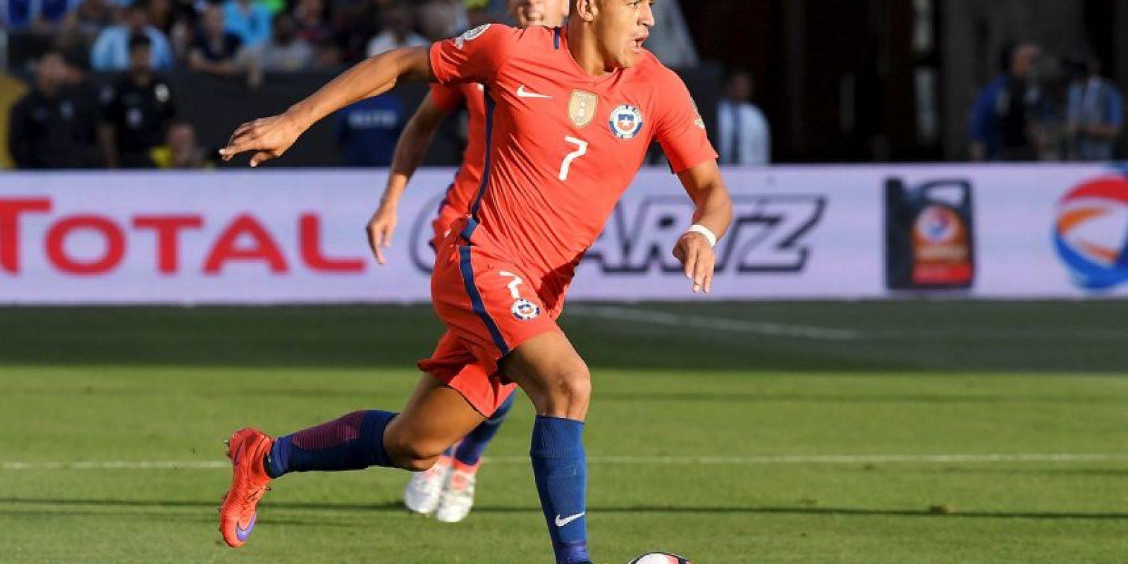 Chile, por su parte, tampoco empezó bien y cayó ante Argentina por 2 a 1. Ahora están obligados a ganar para avanzar de ronda en la Copa América Centenario Foto:Getty Images