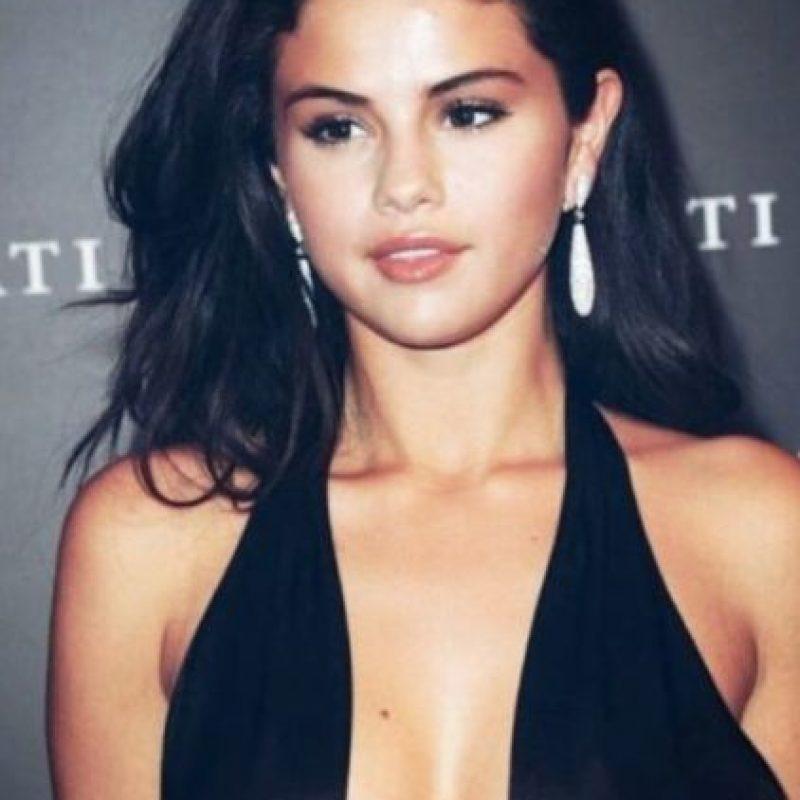 Estos son algunos looks de Selena Gómez en Instagram Foto:Vía Instagram/@selenagomez