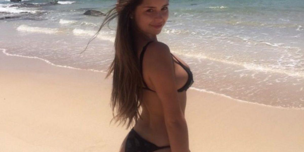 Novia de Tyga muestra derrière en Instagram en diminuto bikini