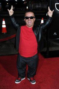 Wee Man/Mide 1 metro 22 centímetros (48 pulgadas) Foto:Getty Images