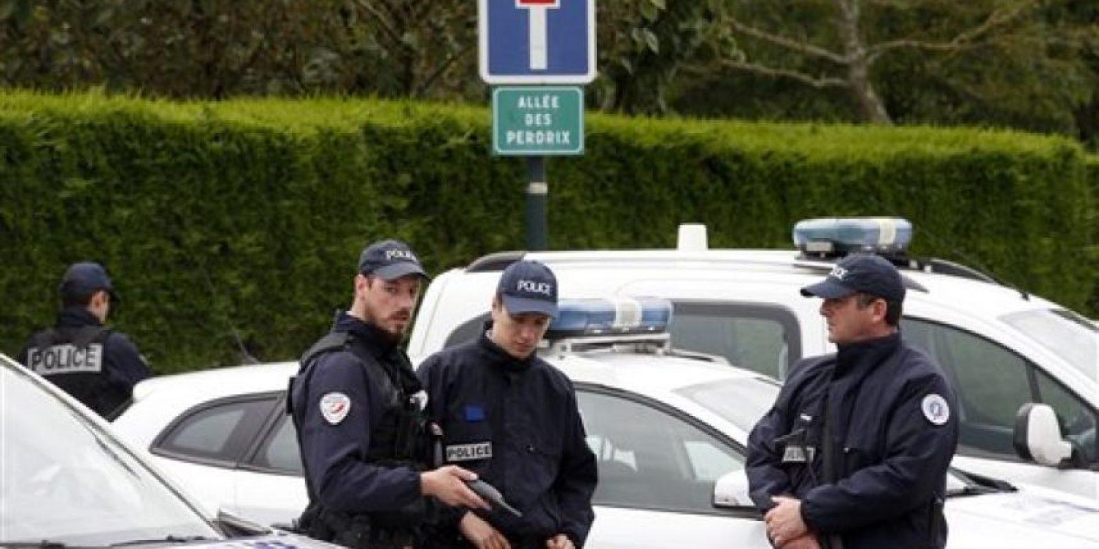 Las víctimas ahora fueron dos policías franceses. Foto:AP