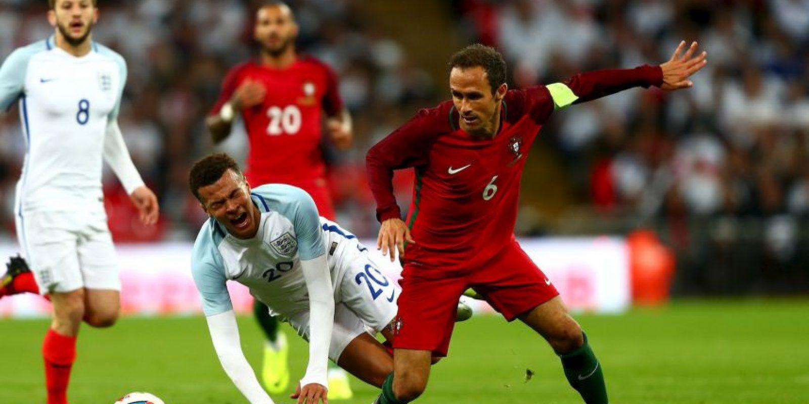 Portugal, en tanto, avanzó sin problemas tras ganar su grupo y vencer en siete de los ocho partidos de la clasificación a la Eurocopa Foto:Getty Images