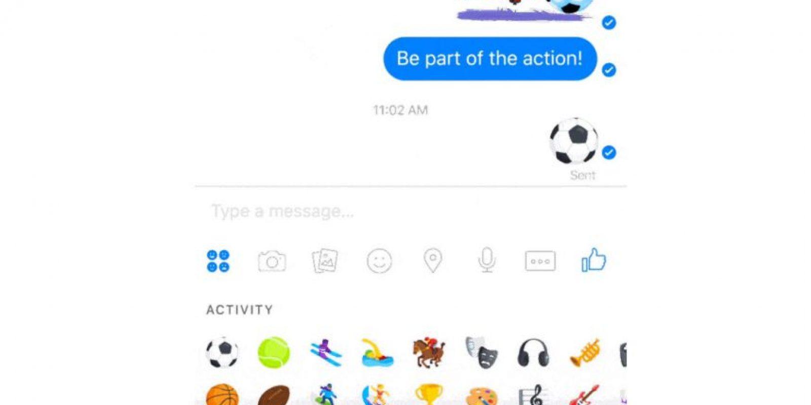 Envíen un emoticón de balón. Foto:Facebook