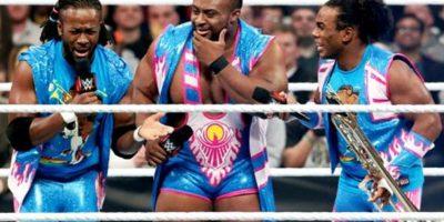 En una lucha fatal de cuatro esquinas, The New Day defiende el Campeonato de Parejas Foto:WWE
