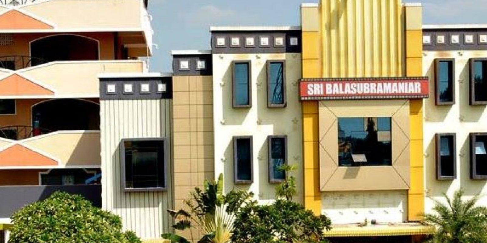 Fachada del cine Sri Balasubramaniar Foto:Facebook Sri Balasubramaniar Cinemas