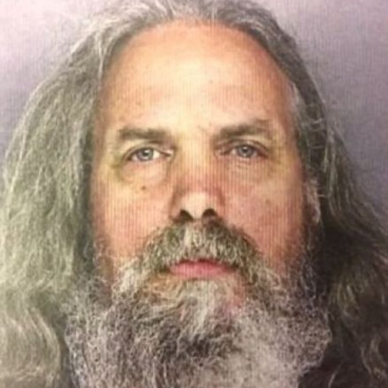 Lee Kapla de 51 años, habría comprado a las menores para ayudar a una pareja de origen Amish. Foto:Lower Southampton Township Police Department