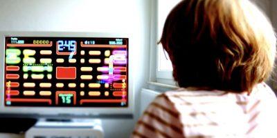 Los videojuegos crean aptitudes en los niños y jóvenes que no aprenden en la escuela. Foto:Getty Images