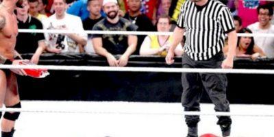 """10. Daniel Bryan. Obtuvo el campeonato en el SummerSlam de 2013, pero después fue sorprendio por Orton y su """"Dinero en el Banco"""" Foto:WWE"""