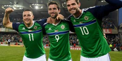 """Ellos cantan """"Will Grigg is on fire"""". Foto:Getty Images"""