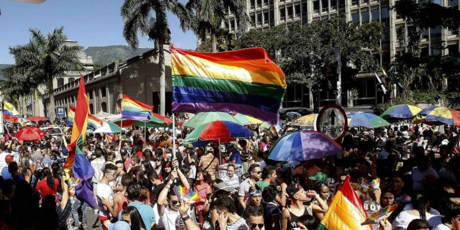 La tradicional Marcha del orgullo gay en la capital antioqueña en el Centro Administrativo La Alpujarra. Foto:Archivo EFE