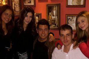 Karem Escobar fue una joven actriz que participó en diferentes producciones colombianas, como 'Mujeres al Límite' de Canal Caracol. La artista, hermana de la también actriz Estefany Escobar, perdió la vida en un trágico accidente de tránsito que ocurrió en Bogotá, en noviembre de 2015 Foto:https://www.instagram.com/stefescobar/