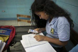 """""""Estas cifras son alarmantes"""", denuncia Nelmary Díaz, de la asociación civil Planificación Familiar Foto:AP"""