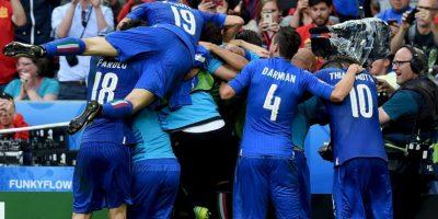 De todas las veces que se han enfrentado en un gran torneo, ya sea Eurocopa o Mundial, los italianos nunca han perdido Foto:Getty Images