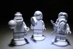 Representan al dios romano Júpiter, a su esposa Juno y a Galileo Galilei, quien hizo importantes descubrimientos del planeta Foto:NASA