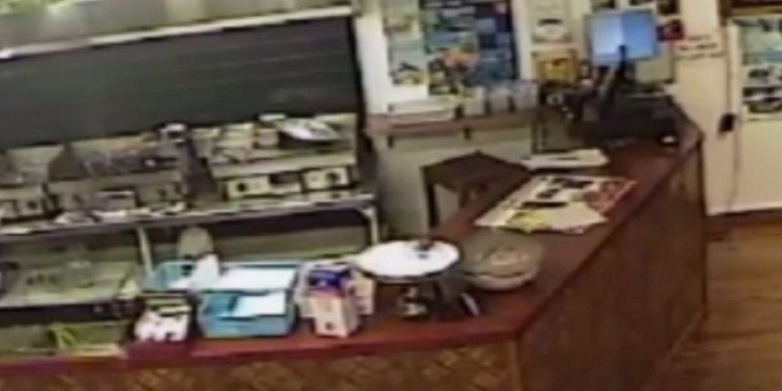 Luego se dio la vuelta y dejó al ladrón solo Foto:Canterbury Police/ Facebook