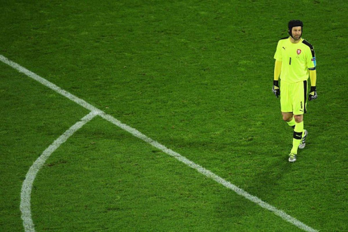Luego de 124 partidos con su país y cuatro Eurocopas jugadas, el portero da un paso al costado Foto:Getty Images