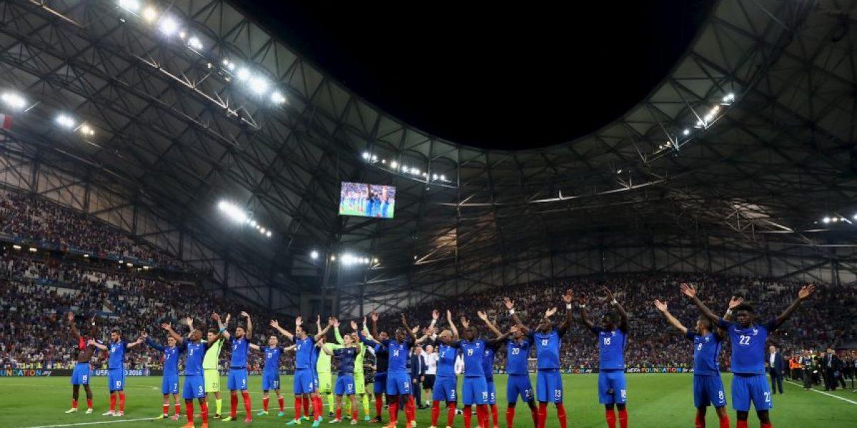 Francia celebró a lo Islandia su paso a la final de la Eurocopa