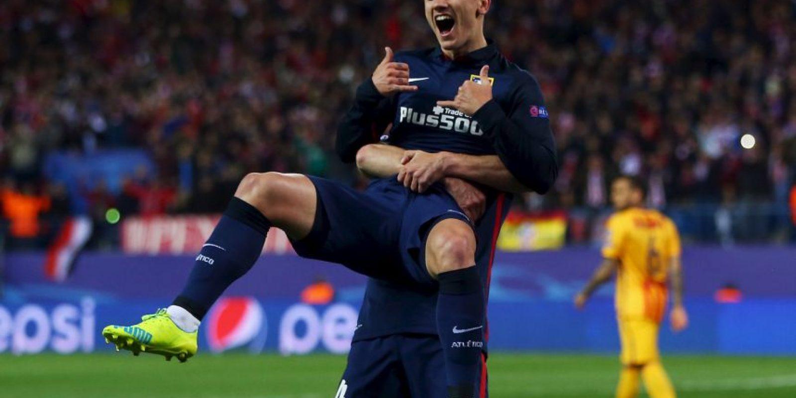 Antoine Griezmann puede ser el gran negocio y el que quiera llevárselo tendrá que pagar 100 millones de euros Foto:Getty Images