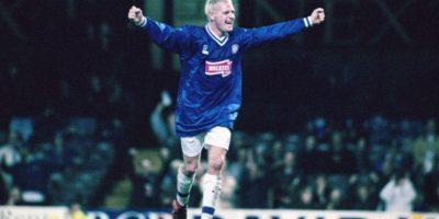 1997: Se transformaría en una de las grandes figuras y sumaría dos Premier League y una Copa de Escocia Foto:Getty Images