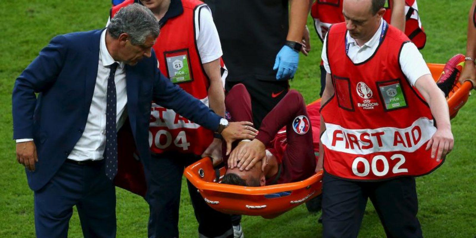 Lesión que lo obligó a ser retirado en camilla de la cancha en la final ante Francia Foto:Getty Images