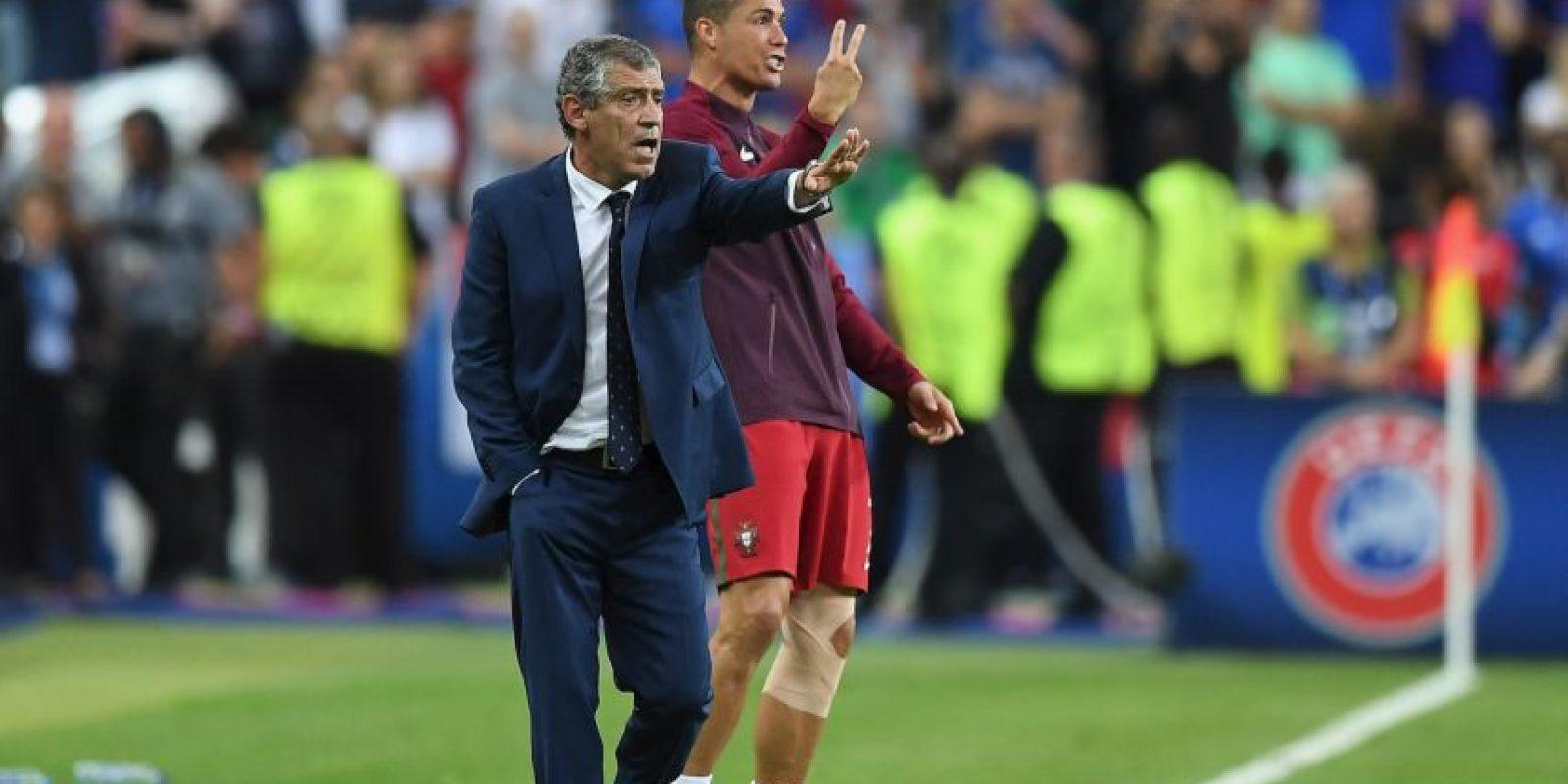 Un lesionado Cristiano Ronaldo sufrió al borde de la cancha Foto:Getty Images
