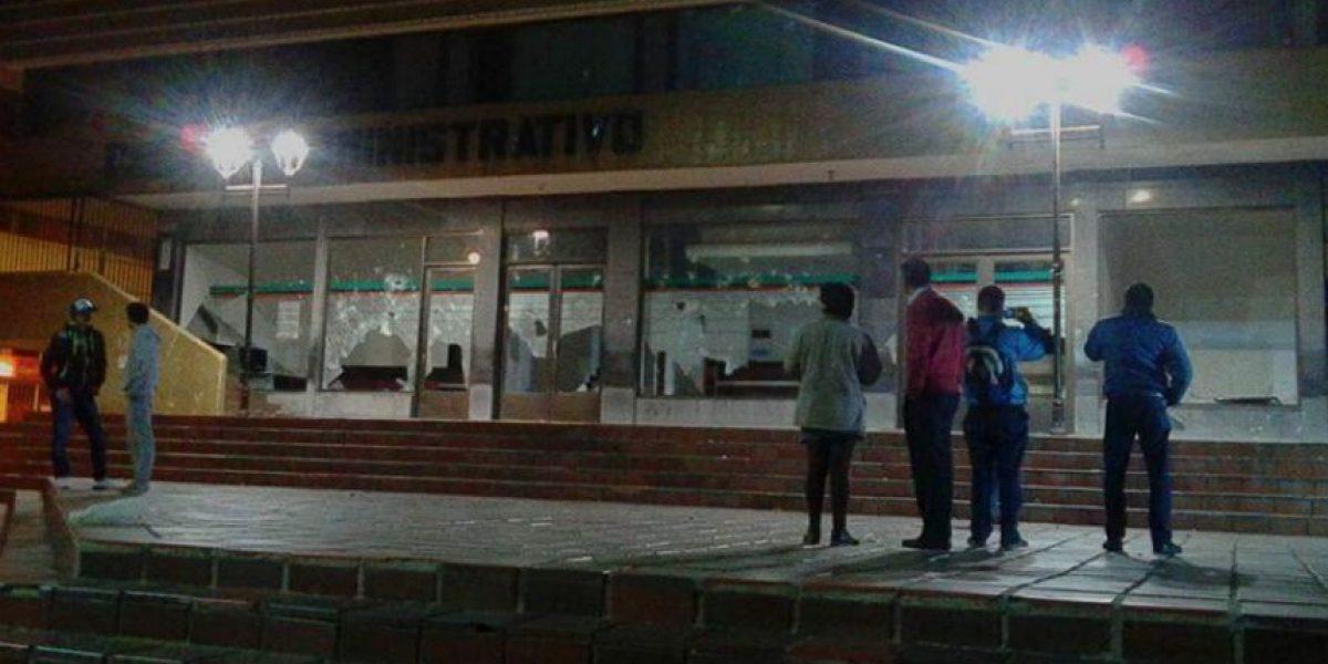 Muerte de manifestante provoca asonada en el centro de Duitama