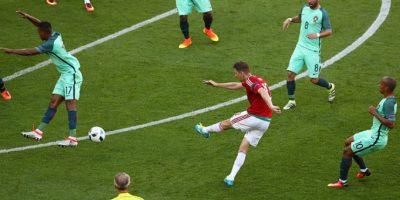 La volea de fuera del área de Zoltan Gera ante Portugal fue elegido el mejor gol de la Eurocopa Foto:Getty Images