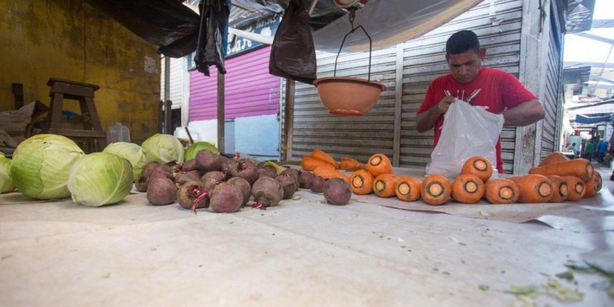 Mayoristas venezolanos y paro camionero hacen escasear los alimentos en Barranquilla
