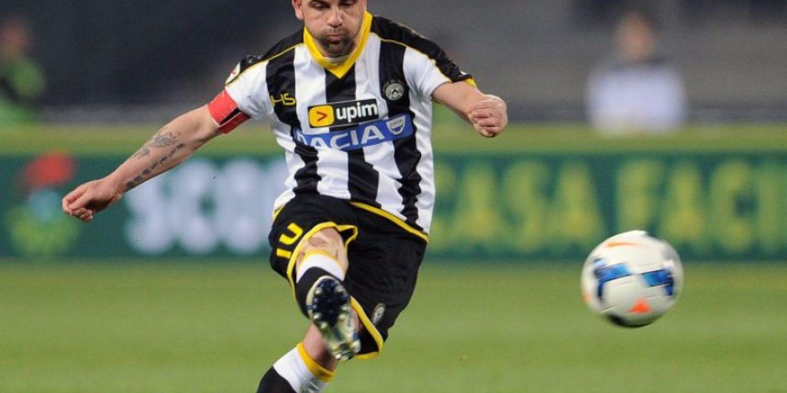 Antonio Di Natale, el goleador histórico del Udinese de Italia (191 tantos en 385 partidos), a sus 38 años espera una última oportunidad antes de dejar el fútbol. Foto:AFP