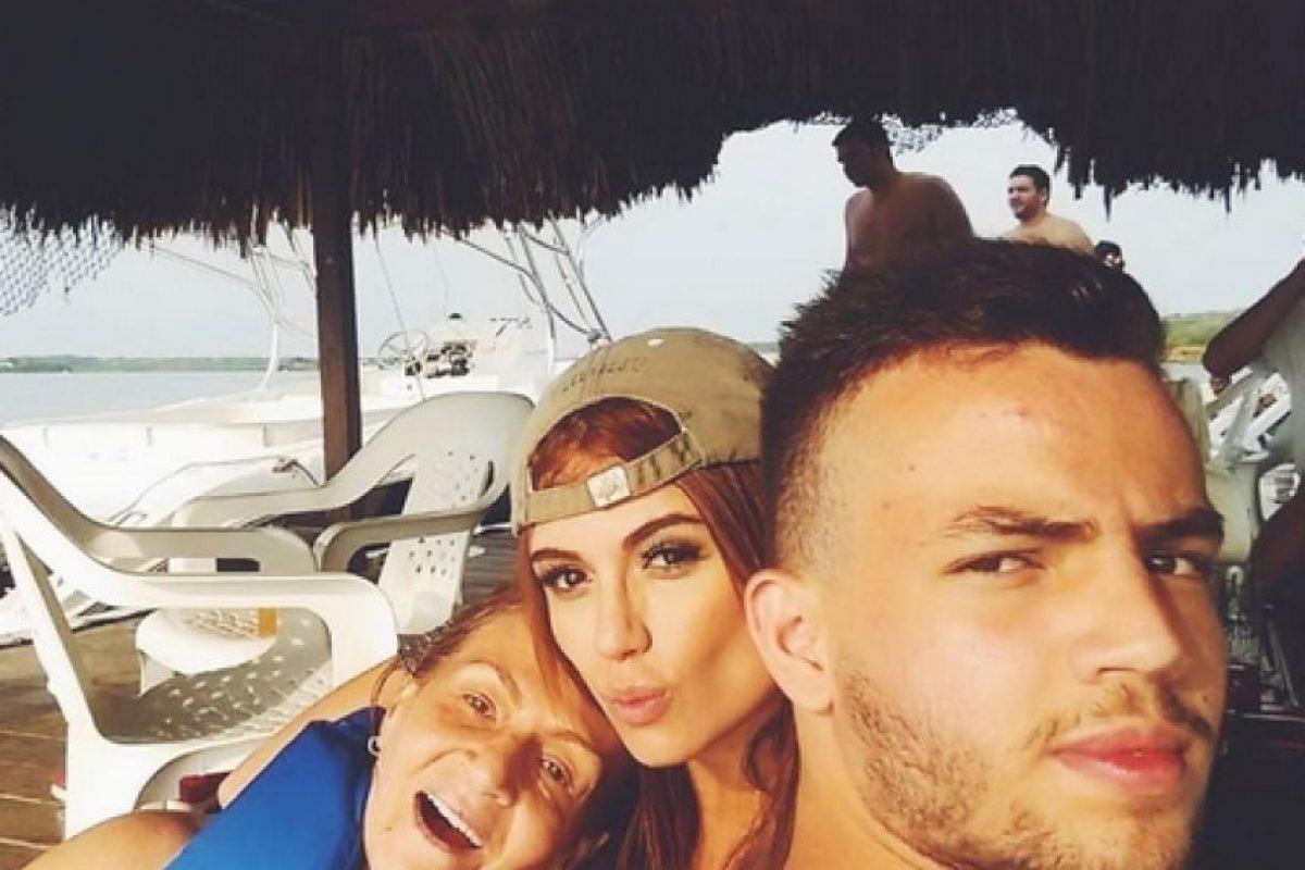 Sara Uribe es una de las presentadoras de 'En Exclusiva'. Al parecer, el programa de chismes tendrá su última emisión el próximo 28 de agosto. Foto:https://www.instagram.com/sara_uribe/