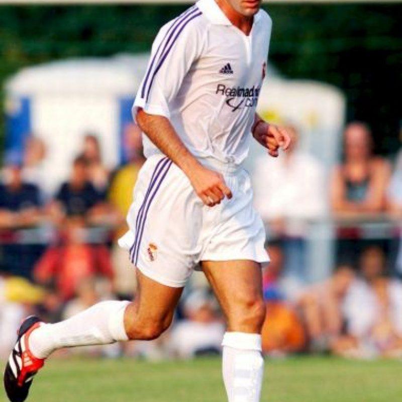 9. Zinedine Zidane. 73 millones de euros dio Real Madrid a Juventus en 2001 Foto:Getty Images