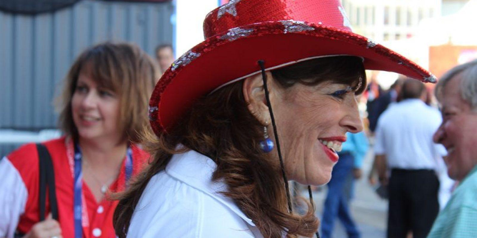 Los estilos también no faltaron, como este sombrero de vaquero típico. Foto:Publimetro