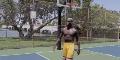 Paul Pogba se divierte en sus vacaciones Foto:Captura de pantalla