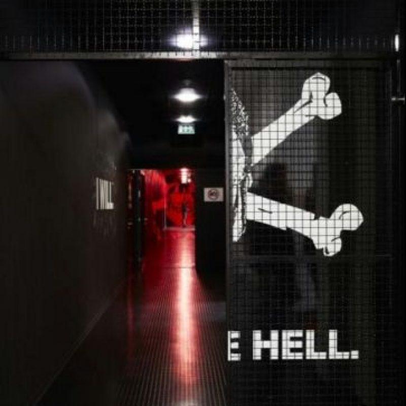 En la entrada al túnel, lo primero que se puede apreciar es el 'bienvenido al infierno' Foto:Captura de pantalla